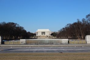 Next we made our way to the Lincoln Memorial.