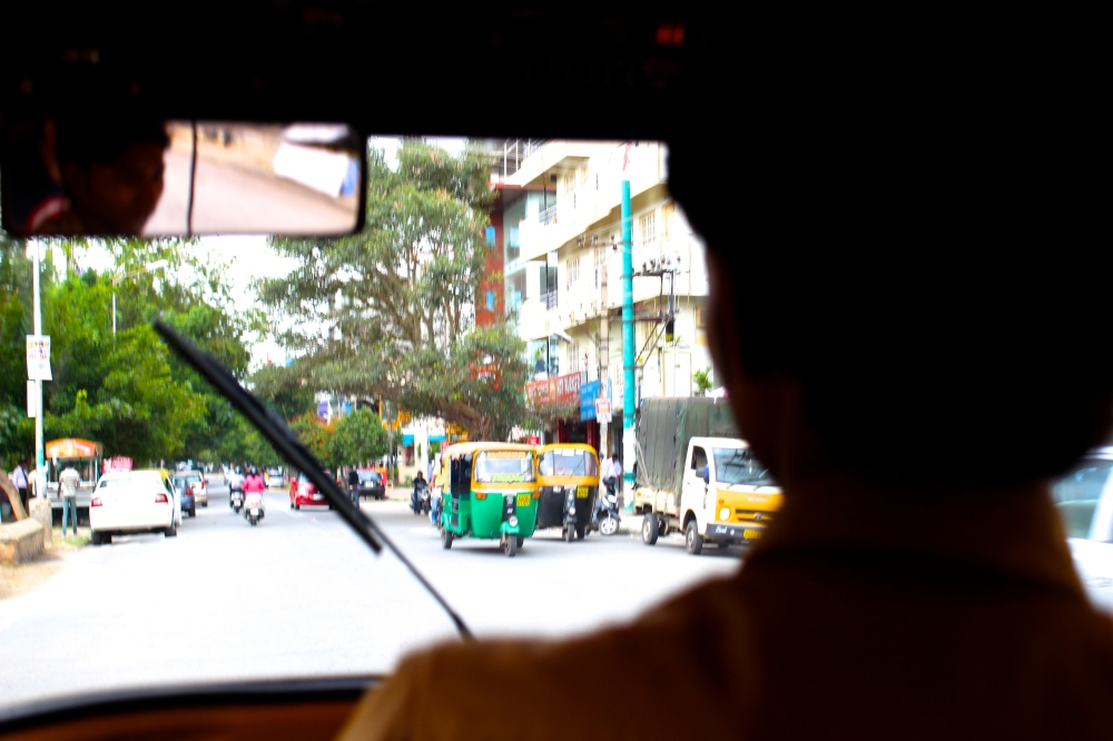 A typical view from the back seat of a rickshaw.